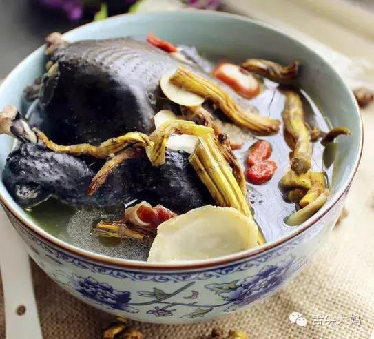 正宗霍山铁皮石斛鲜条和枫斗怎样煲汤?